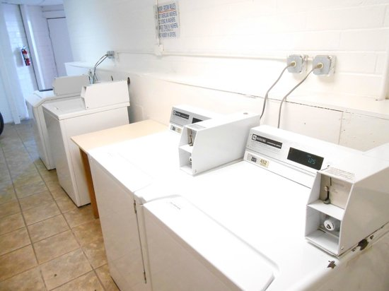 Knights Inn Sierra Vista: Guest Laundry