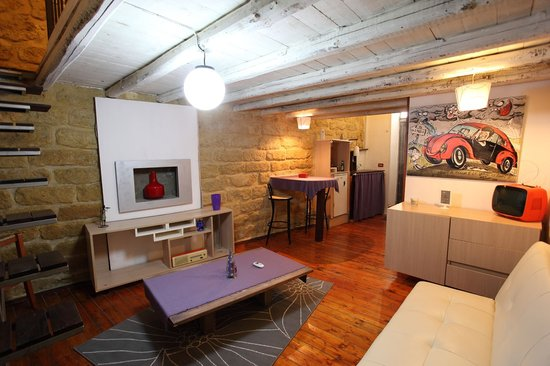 Art House: Living room junior suite