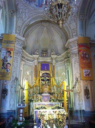 Chiesa di San Giuseppe: L'altare maggiore