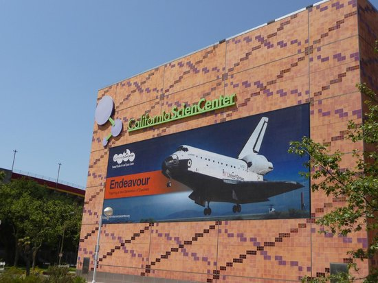 Space Shuttle Endeavour - Picture of California Science ...