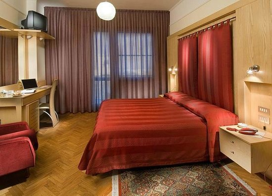 Hotel 2000: Camera matrimoniale