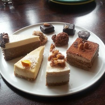 Cafe Gratitude: Dessert plate, all yummm!