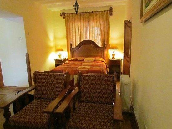 Midori Hotel: Interior de la habitación