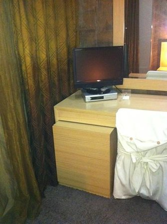 Aion Luxury Hotel : desk with tv