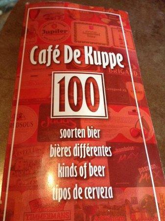 Cafe De Kuppe: 100 TIPOS DIFERENTES DE CERVEZAS