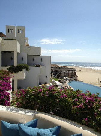 Las Ventanas al Paraiso, A Rosewood Resort: Side View from the Room