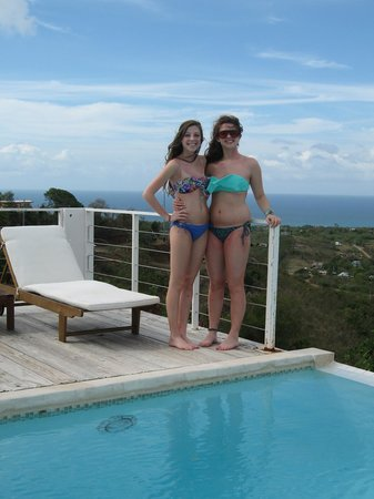 360 Vieques: Poolside