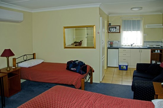 Atwood Motor Inn : Interior of our room