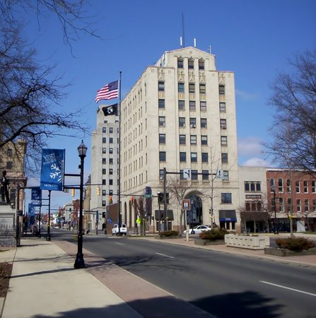 mansfield city square picture of mansfield ohio. Black Bedroom Furniture Sets. Home Design Ideas