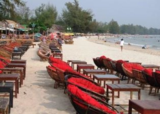 Cambodian Resort: Beach close to hotel
