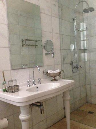 Efendi Hotel : salle de bains