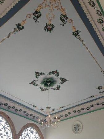 Efendi Hotel : plafond restauré