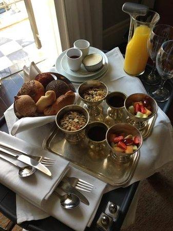 Hotel Montefiore: une partie du petit déjeuner continental