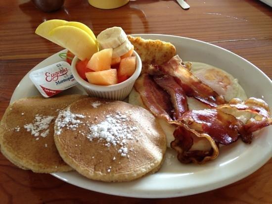 Rock 'n Java Caribbean Cafe: Desayuno especial