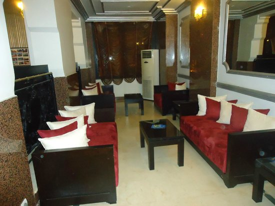 Imperial Holiday Hotel: hall