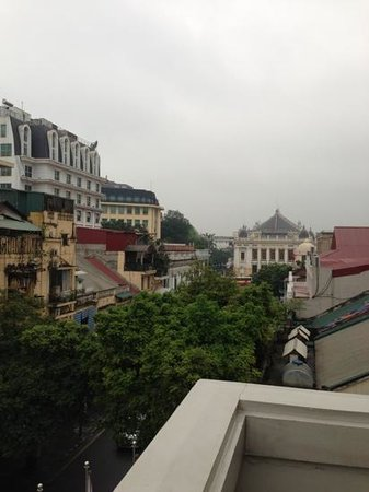 Hotel de l'Opera Hanoi: view of the opera from pool terrace