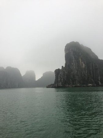 Hotel de l'Opera Hanoi: Halong Bay day tour