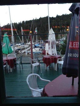 Shipyard Restaurant: patio