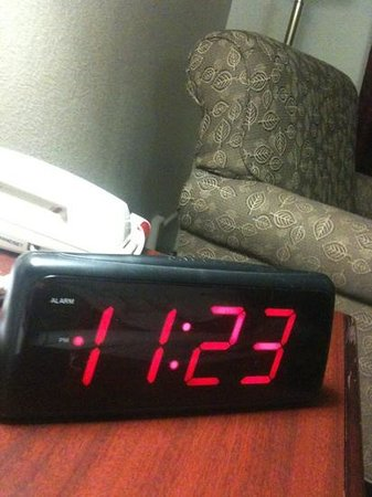 Quality Inn: loved the big lettered clock