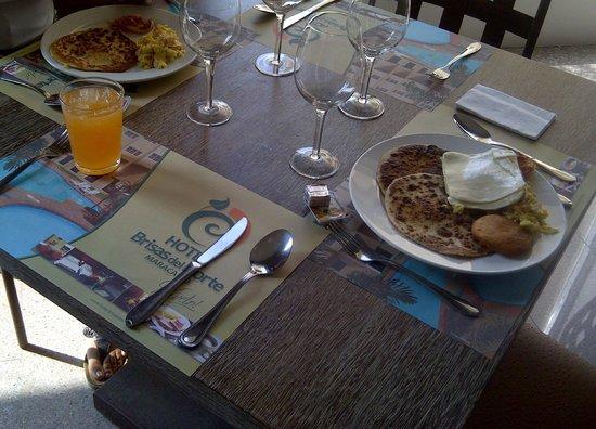 Hotel Brisas del Norte : Desayuno