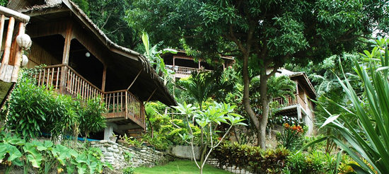 Bamboo Beach Resort: Our House Cottages
