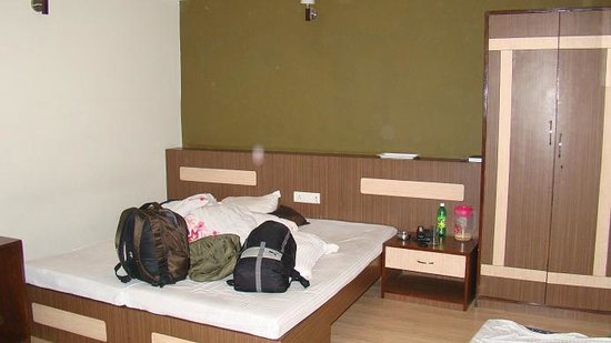 The Junction Hotel: double bed super deluxe with an extra bed
