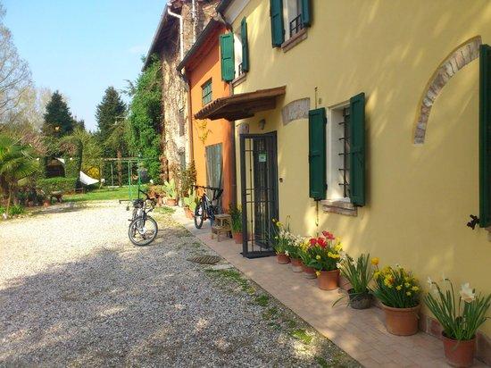 B&B Acero Rosso: Schönes, grosses und restauriertes Haus