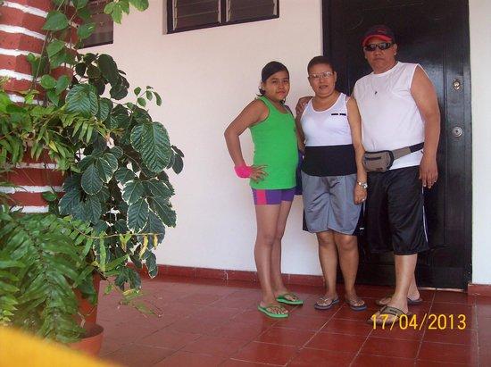 Mariana Beach Apartments & Hotel: Afuera de la habitacio