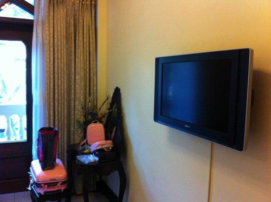 Lucky Hotel: TV