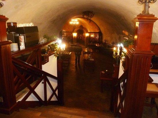 Wine cellar of the Moravian Bank of wine: underground full of secrets