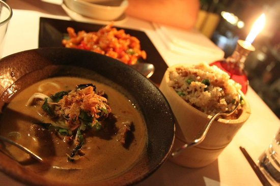 Naga Restaurant & Bar: beef curry, naga fried rice and sweet and sour chicken