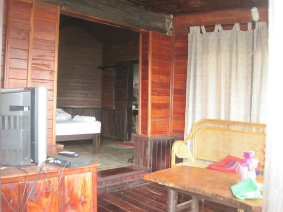 Long Ngum View Resort: Deluxe bungalow