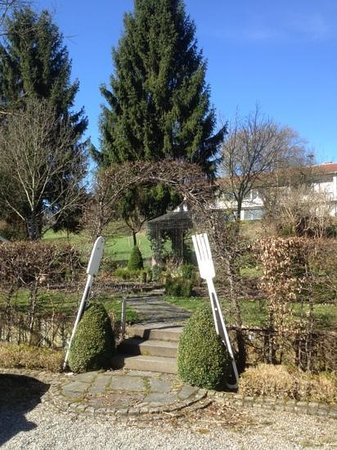 Hotel Krone Überlingen am Ried: photo du jardin