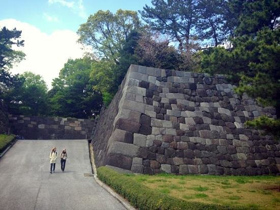 江戸城案内板 - Picture of The East Gardens of the Imperial Palace (Edo Castle Ruin)...