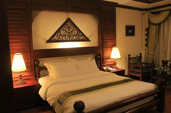 The Privilege Floor by BOREI ANGKOR: our room