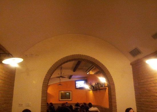 La Taverna del Bracho : Una parte della sala interna