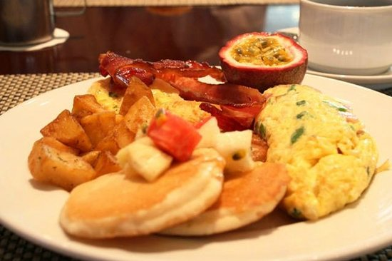 PARKROYAL Saigon: Hearty breakfast buffet