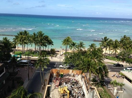Aston Waikiki Beach Tower: Beautiful Full Ocean View from our room. McDonalds is being renovated.