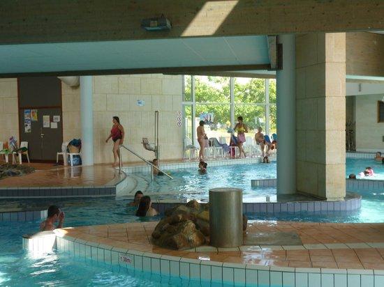 Piscine sport velo foto di les antilles de jonzac for Construction piscine jonzac