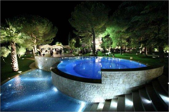 Panoramica della piscina picture of villa delle querce for Piani del padiglione della piscina