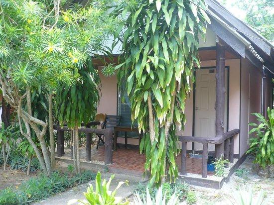 Lanta Sunny House: bungalow