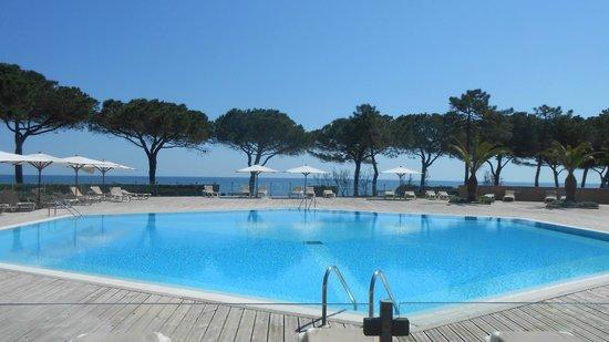Village Vacances des Isles : piscine