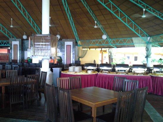 Arwana Perhentian Eco Resort & Beach Chalet: Hotel restaurant