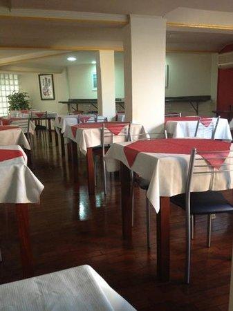 Oscar Hotel : café da manhã!