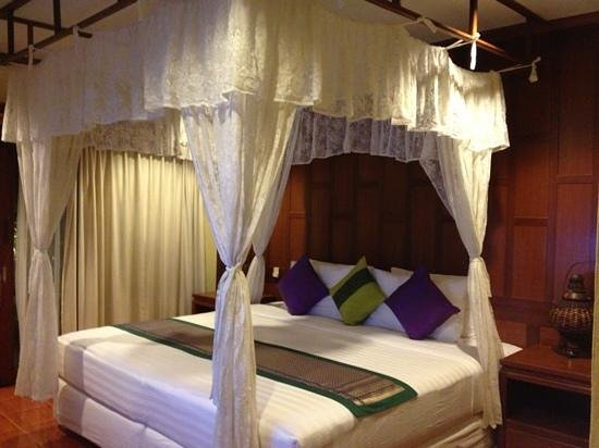 Buri Beach Resort: my room