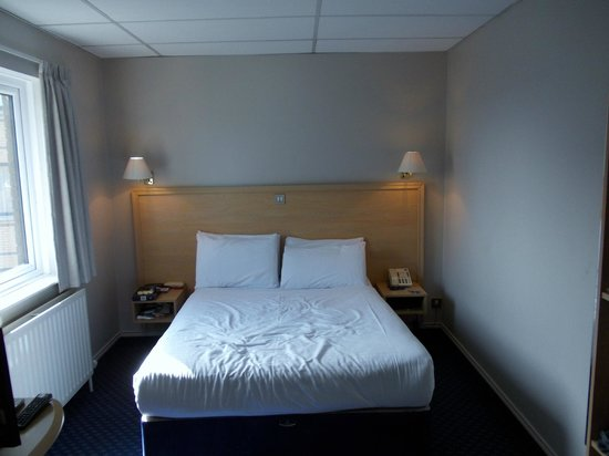 Travelodge Belfast Central: Room 610