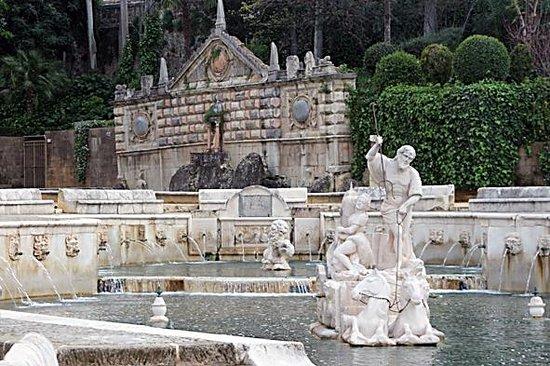 Fuente del Rey: Neptuno y Anfítrite.