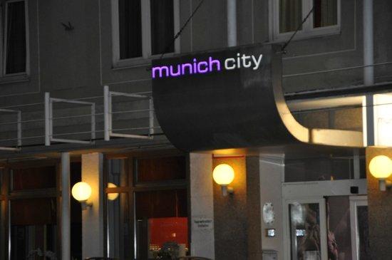 Hotel Munich City: Eingang