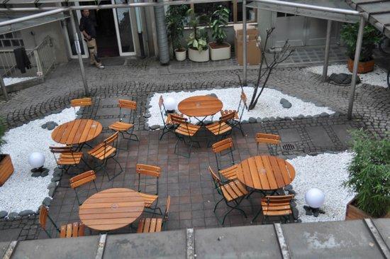 Hotel Munich City: Kleiner Biergarten