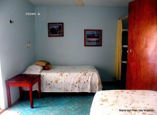 Hotel Maria del Pilar: room 6
